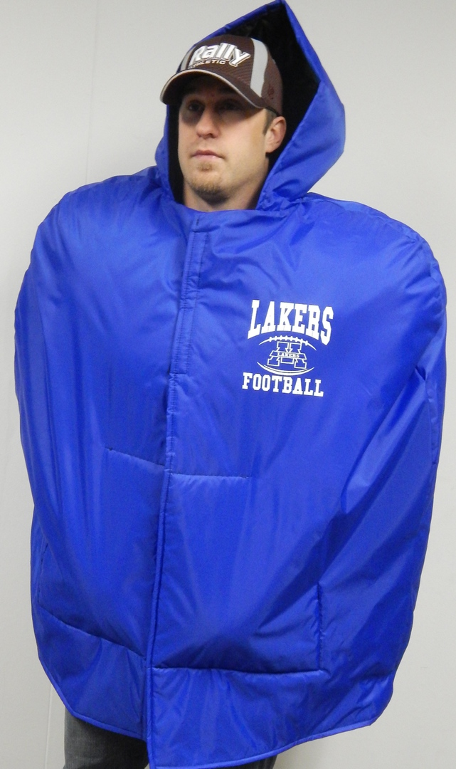 OUR CAPES AND STADIUM JACKETS ALWAYS COME WITH FREE TRAVEL AND STORAGE BAGS  FOR TEAM ORDERS. FOR EVERY 12 CAPES OR JACKETS ..THE PRO VARSITY BAG...FREE! 98f433cb7